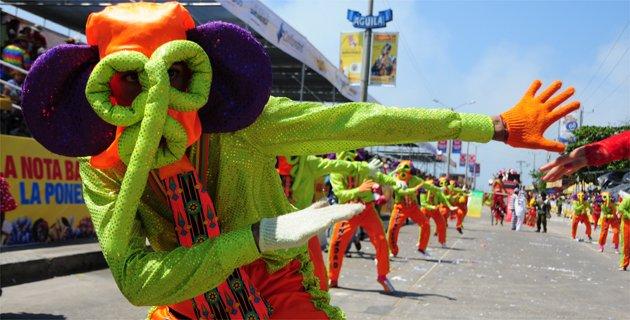 A mi aire las mascaras de carnaval for Decoracion del hogar barranquilla