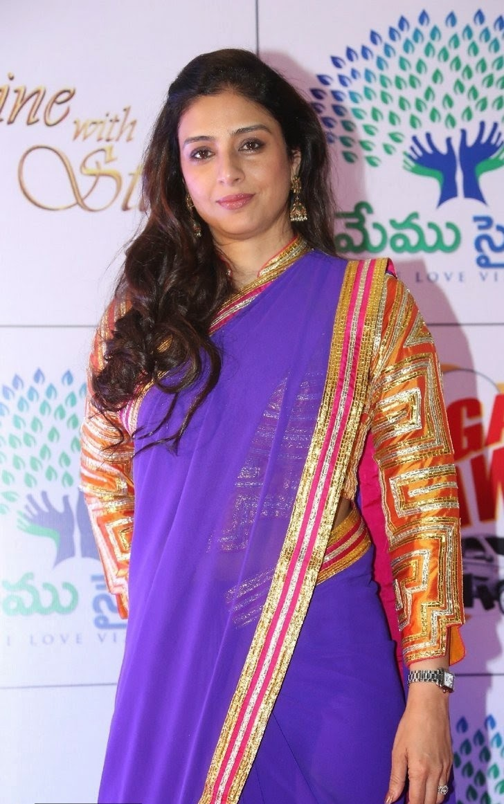 Actress Tabu Latest Cute Hot Exclusive Beautiful Saree Navel Show Spicy Photos Gallery At Memu Saitam Dine With Stars Event