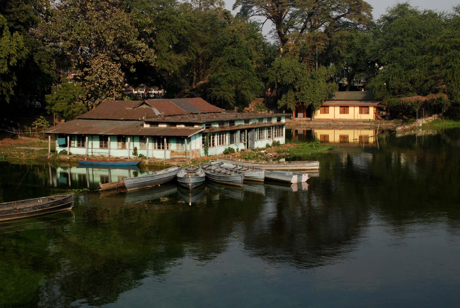 Dighalipukhuri- Mindblowing Places To Visit In Guwahati