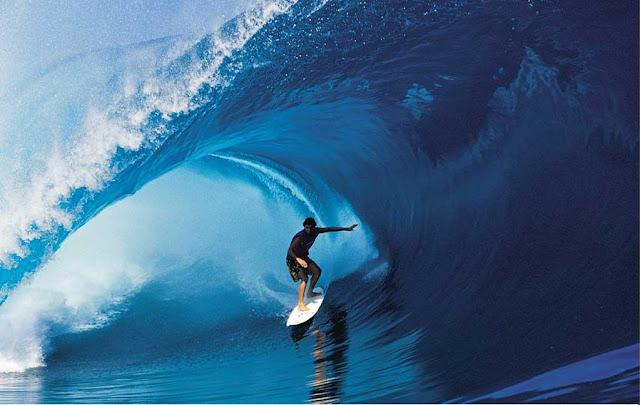 surfer man ocean adventure
