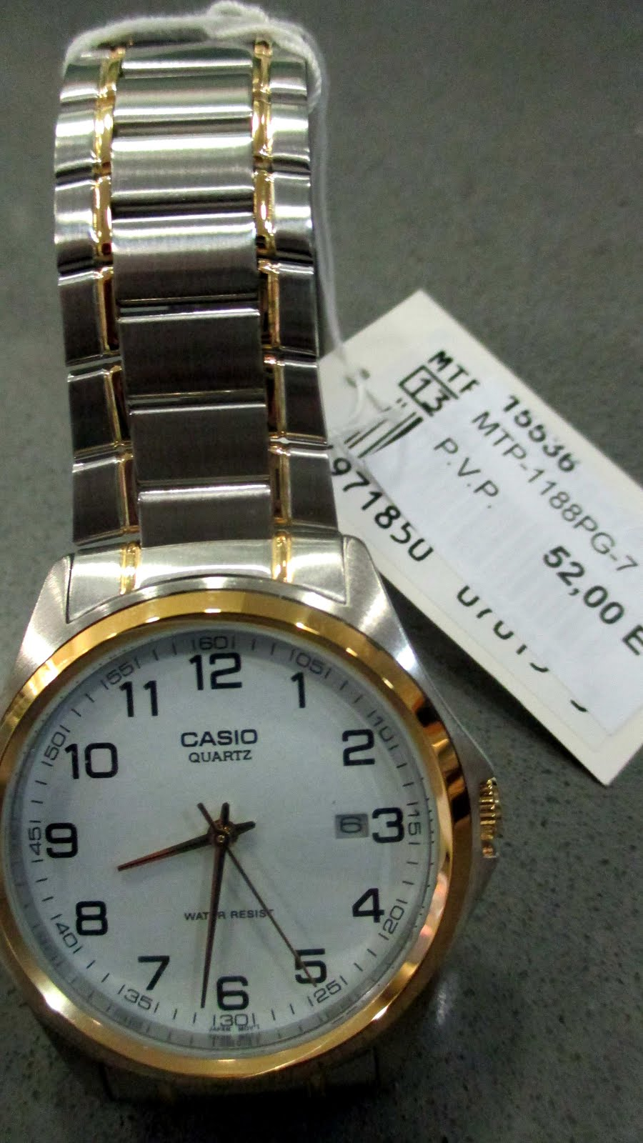 Reloj Casio, bicolor, acero, calendario...