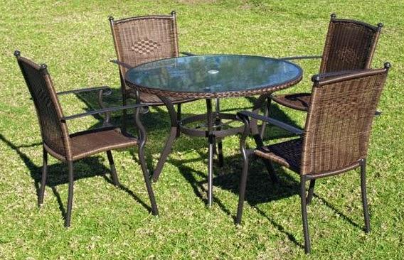 juego de mesas y sillas para el jardin clasico