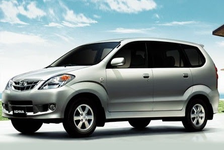 Bali-Local-Driver-Airport-Transfer-Car-Type-Toyota-Avanza-5-person.jpg