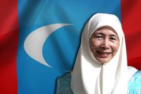 Wan Azizah bertanding atau tidak PRU13