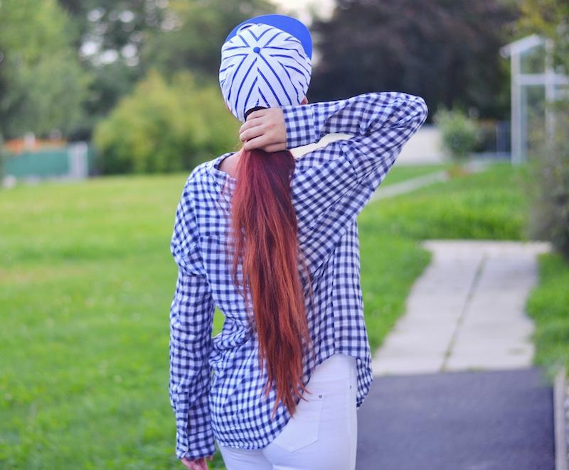weiß_blaues_Outfit_Hemd_Cap