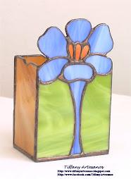 Guarda lápices de flor de Croco azul