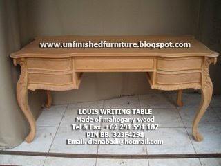 mebel klasik furniture klasik meja tulis ukir klasik mahoni, meja tulis ukir mewah jepara, meja tulis ukir jepara klasik, supplier mebel klasik mentah jepara, supplier meja tulis klasik jepara, supplier meja tulis mahoni jepara