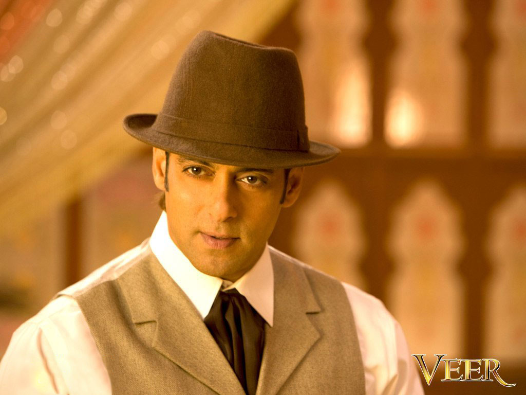 http://4.bp.blogspot.com/-wkEF8hsmDQo/UG5ZAeZqzDI/AAAAAAAAFX4/88cKbHRqq_c/s1600/Salman+khan+veer+wallpaper+Download+high+quality+movie+wallpapers.jpg