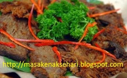daging goreng bumbu kelapa