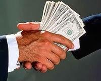 Bankaları Zengin Etmek İçin Yaşıyoruz