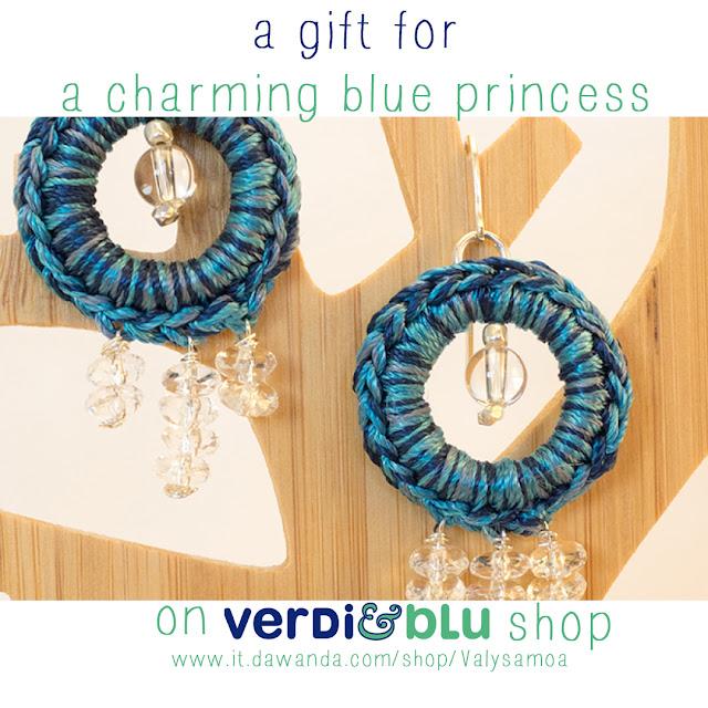 orecchini crochet blu cristallo di rocca