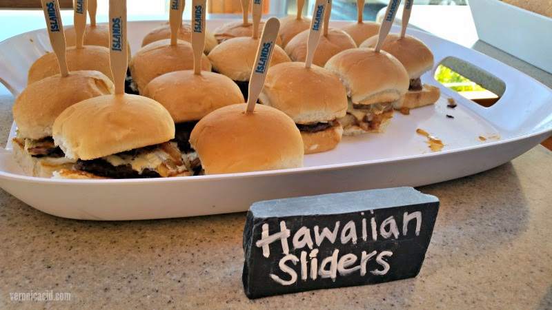 hawaiian sliders, happy hour, summertime, islands, burgers, fries, veronicaicd.com