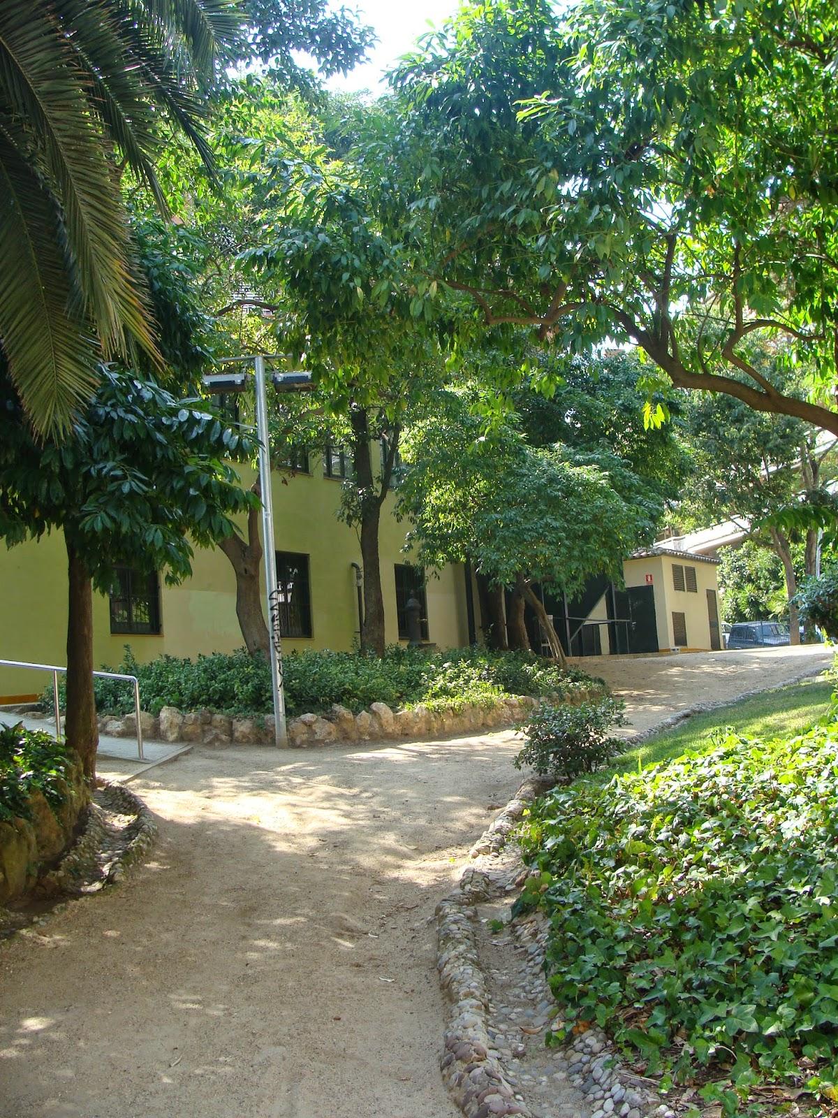 El rincon de un jardin rincones con encanto jardines de can castell - Rincones de jardines con encanto ...