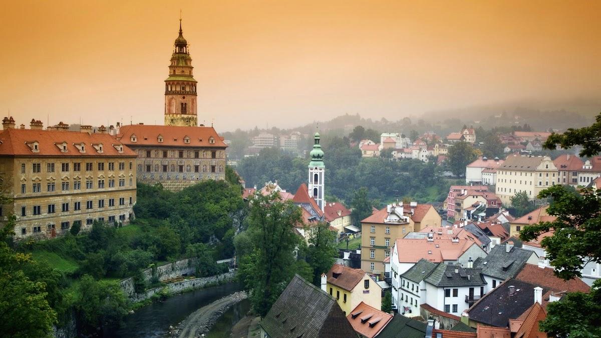 Beautiful eastern europe prague czech republic for Prague beauty