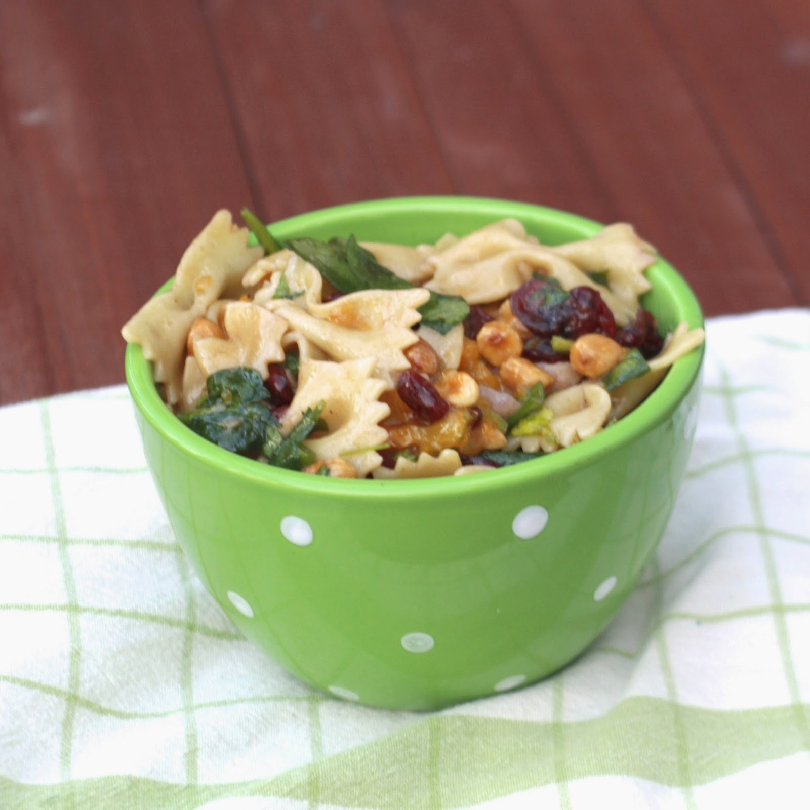 Spinach Teriyaki Pasta Salad | The Sweets Life