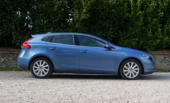 Volvo V40 D4 side view