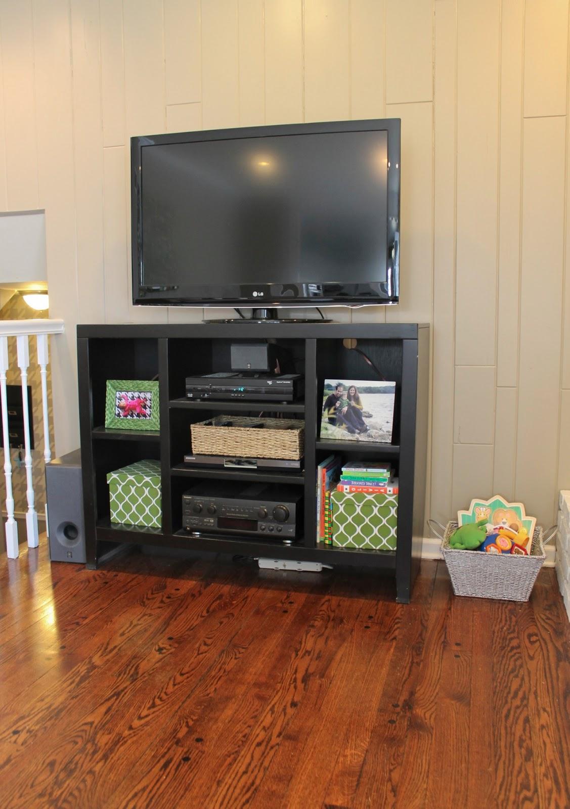 free garbage can storage shed plans corner tv shelf wall. Black Bedroom Furniture Sets. Home Design Ideas