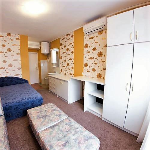 Pacsirta Apartman