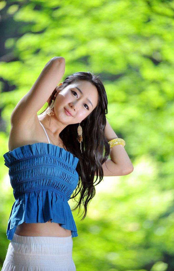 asian single women in williamsburg How to date asian women asianwomendate is one of the largest dating sites for non-asian men who are seeking chinese women and japanese women for dating you can find a date, a friend, love, and even marriage in your area.