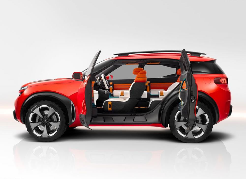 シトロエン「Aircross Concept」のサイド画像ドアを開けたところ