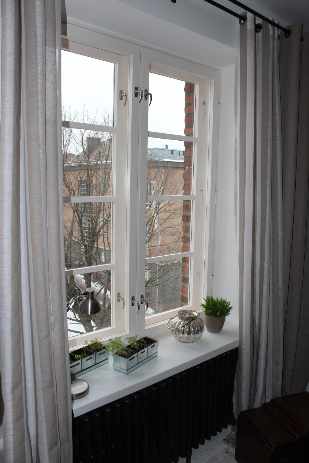 Elämää kotona ja kylillä Purjerengas verhot