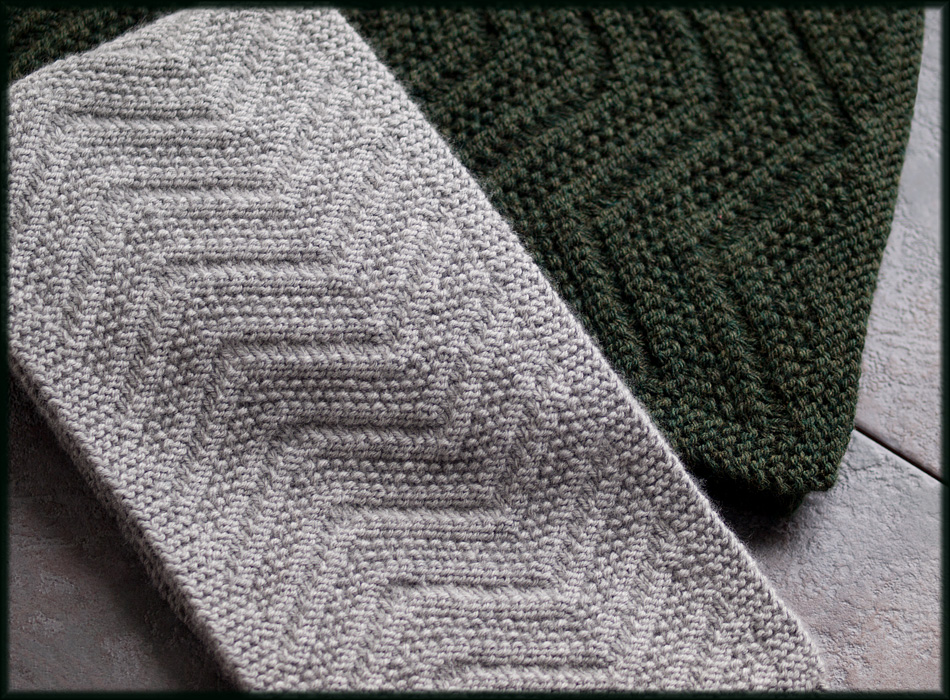 Easy Scarf Knitting Patterns For Men : Wyndlestraw Designs: Beckenham Scarf
