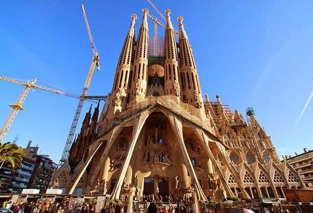 西班牙聖家族大教堂