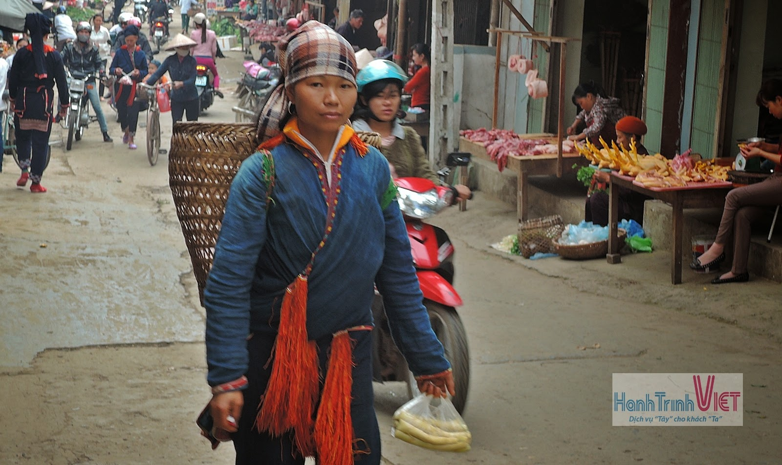 Marché Muong Lo à Nghi Lo, Yen Bai