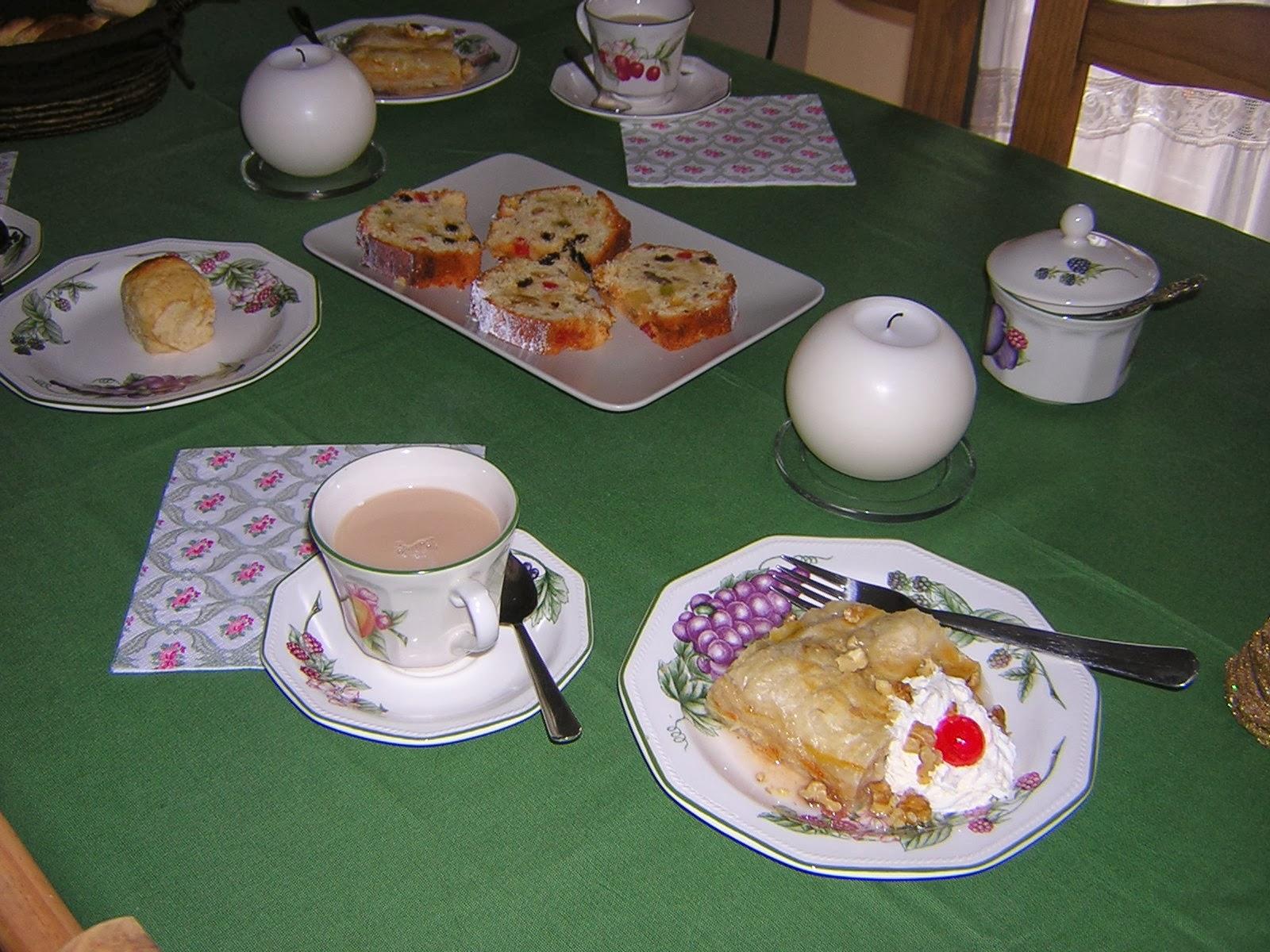 Me gustan las tartas my bakery nuestra mesa de for Mesa desayuno