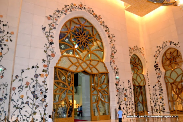 sophisticated floral patterns at Sheikh Zayed Grand Mosque