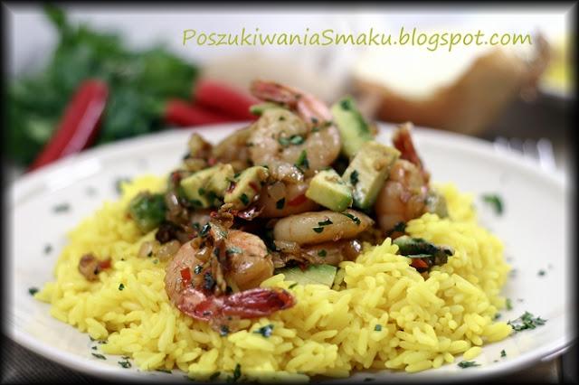Krewetki z awokado i ryżem