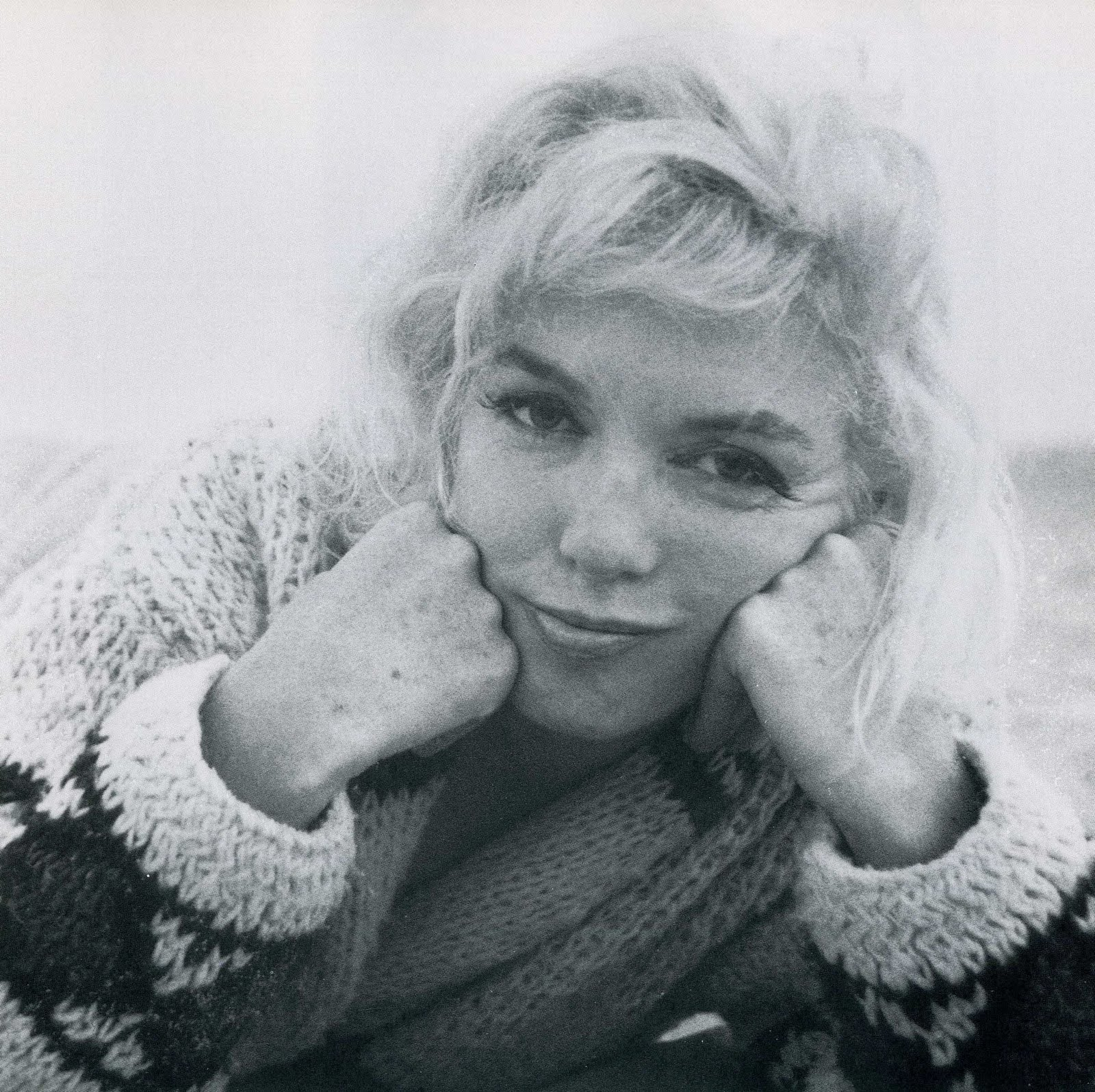 http://4.bp.blogspot.com/-wmqYNlVAsqA/TiOc6YozzQI/AAAAAAAAB4I/x5DhMds93b4/s1600/Marilyn+Monroe+by+George+Barris.jpg