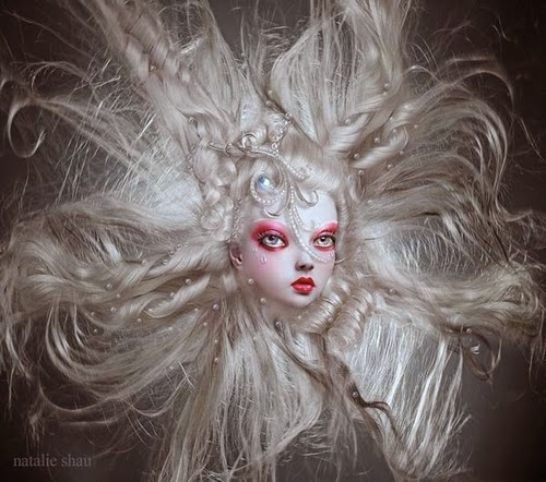 31-Natalie-Shau-Surreal-Photographs-and-Illustrations-www-designstack-co