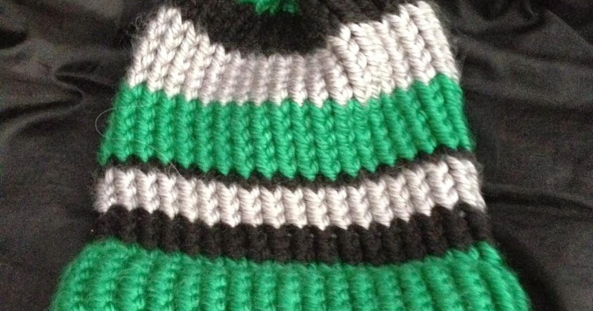 Different Knitting Stitches For Hats : Corky Crafts & Knit Hats: Loom knitting different color hats