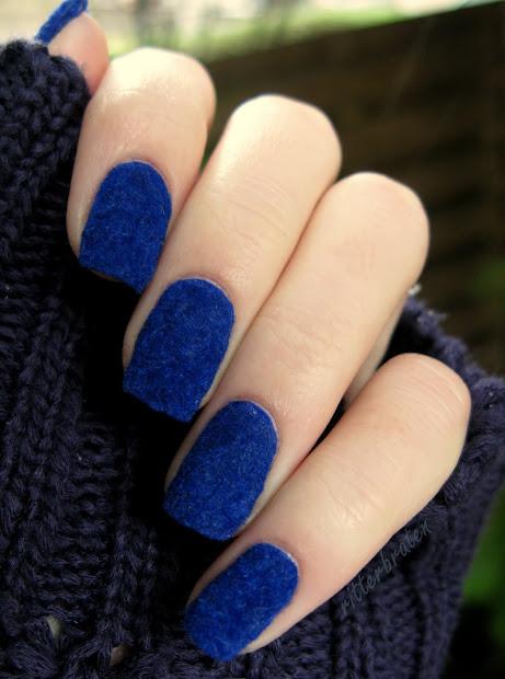 das experiment fluffy nails