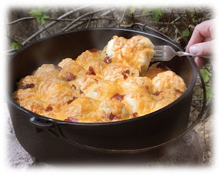 Dutch Oven Bacon Cheese Pull Apart