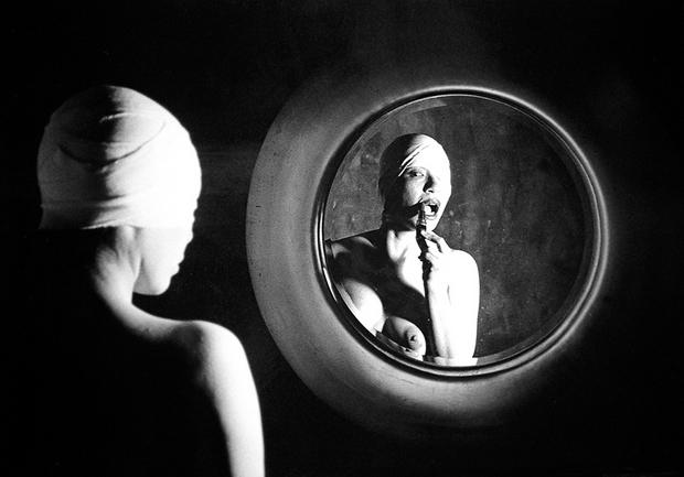 © Tokyo Rumando | Orphee [Self Portraits]