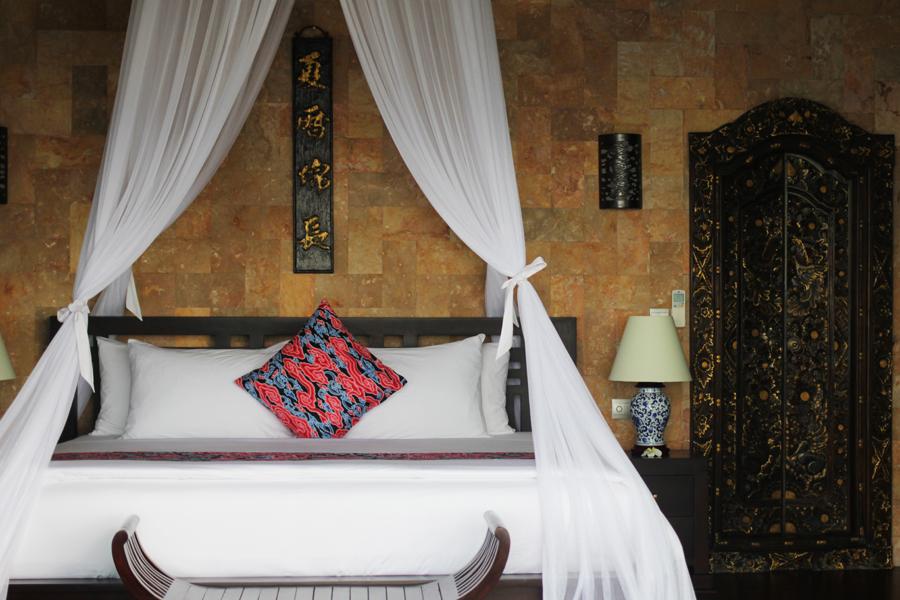 himmelbett villa hidden hills max loong