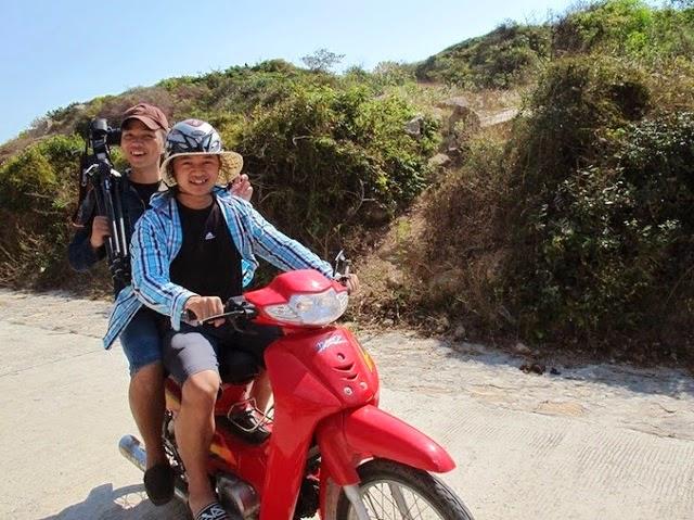 Thuê xe máy ở đảo Bình Ba