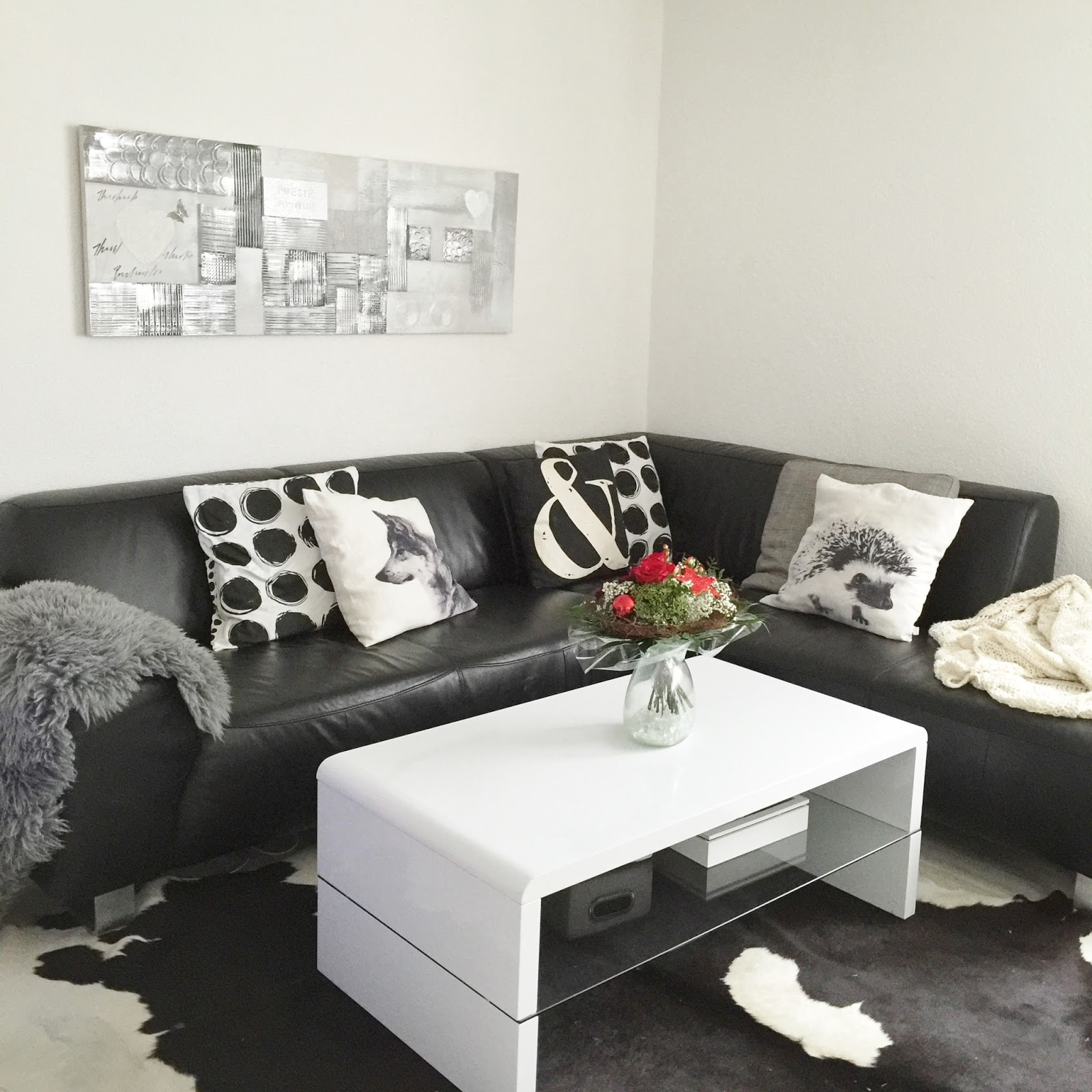 Salon gris scandinave for Deco salon gris et blanc