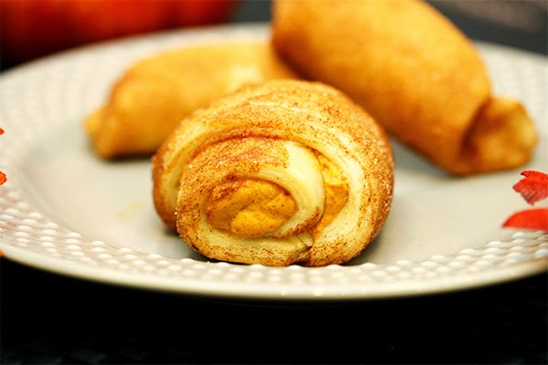 Cream-Cheese-Pumpkin-Swirl-Pastry