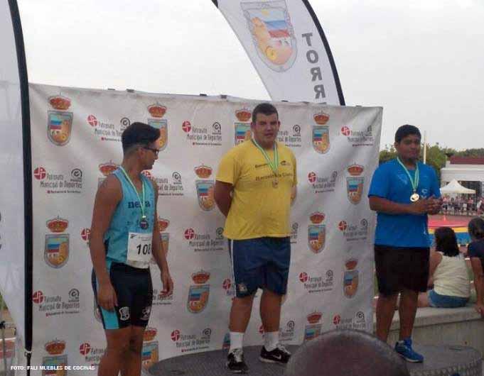 Oro, Plata y Bronce para los atletas del (C.A. Isla Cristina) en el Campeonato de Andalucía Cadete de Atletismo