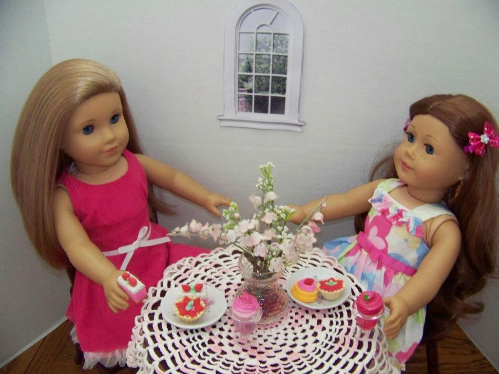 Linda's doll, McKenna and Saige, decided to celebrate with a trip to  title=