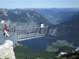 Breathtaking-Viewing-Platforms-Around-The-World-Wallpapers