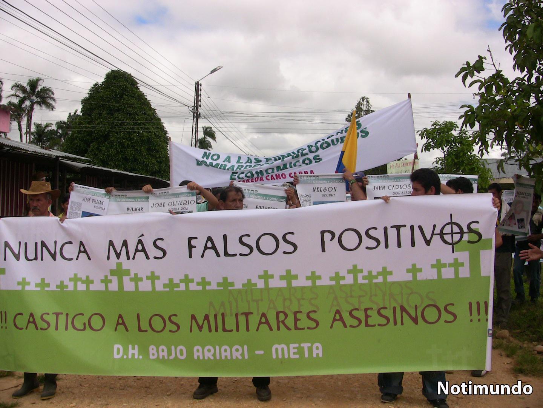 http://4.bp.blogspot.com/-woP2TD0uhuI/UKWM7y91DII/AAAAAAAAUwU/R-tc3CnSlEE/s1600/Militares.+Falsos+positivos.+La+Macarena.+Marcha.+Castigo+a+los+militares+asesinos..jpg