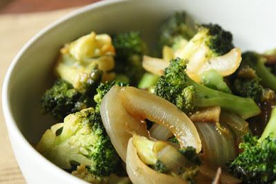 Brócolis à Moda Oriental (vegana)
