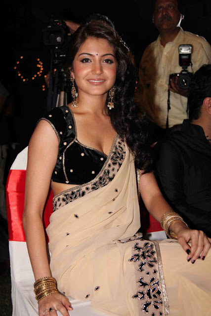 anushka sharma hot trasparent saree