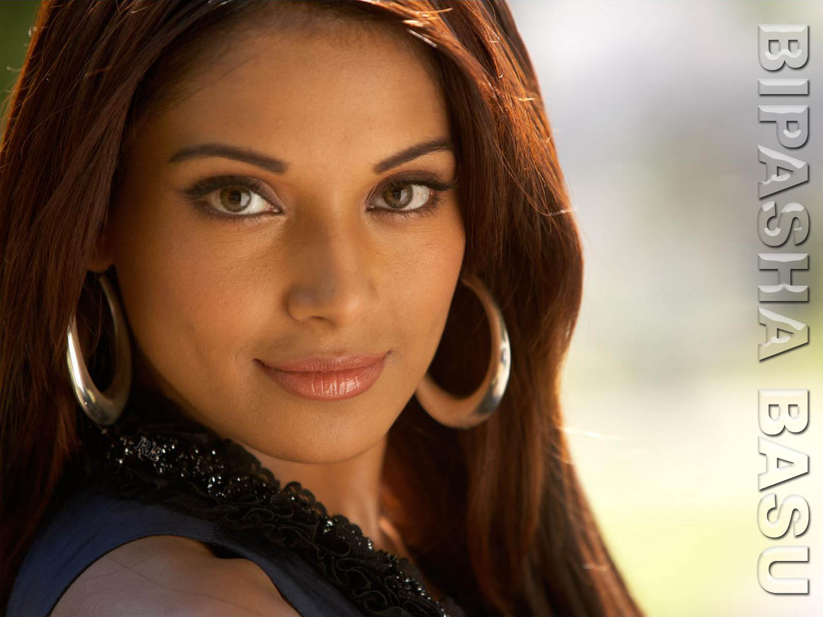Bipasha Basu HD Wallpapers Free Download