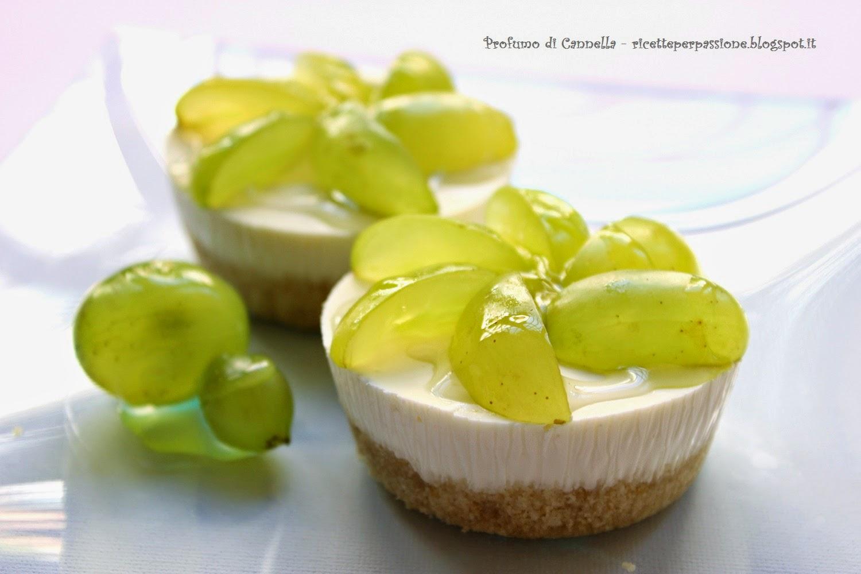 cheesecake con robiola ed uva - fresco aperitivo d'autunno