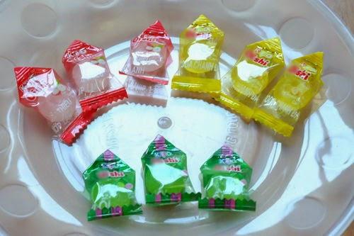 Cách làm hoa sen bằng kẹo Oishi đón Tết 2